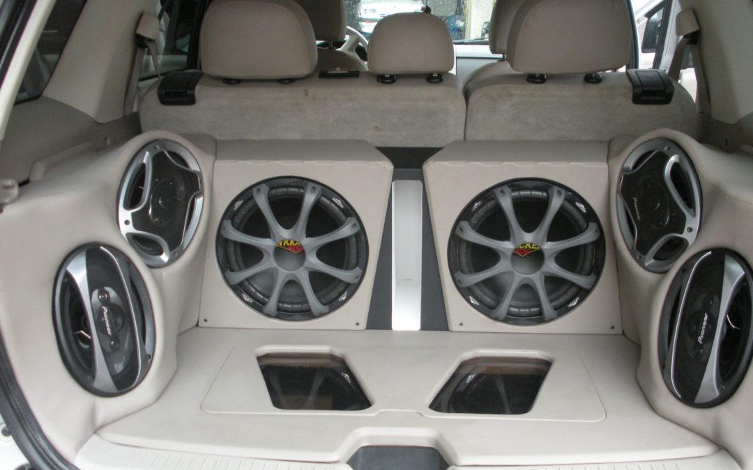 Tipos de bocinas para autos